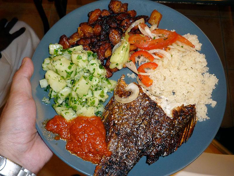 Des d lices ivoiriens sur la table et de la solidarit for Abidjan net cuisine 2010